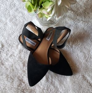 Steve madden pointed toe flats